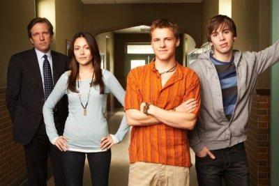 Bryan Bartlett, Maggie, Henry, dan Jesper