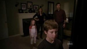 Dylan dan Loyd Simcoe serta Charlie dan Olivia Benford